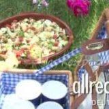 Gemischter spanischer Picknicksalat